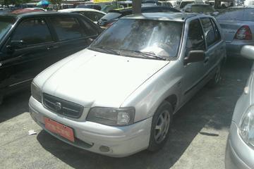 天津一汽 夏利 2002款 1.0 手动 静雅三缸两厢