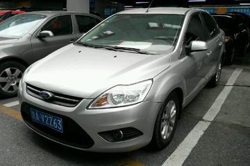 福特 福克斯三厢 2013款 1.8 自动 经典基本型