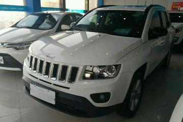 Jeep 指南者 2015款 2.0 自动 运动版前驱
