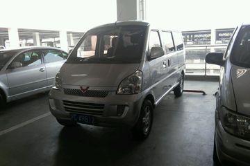 五菱汽车 荣光 2012款 1.2 手动 豪华型5-8座