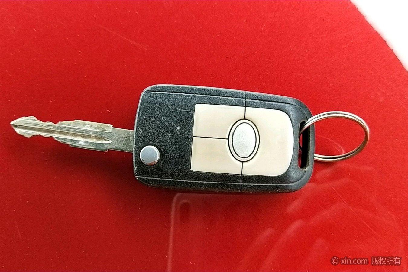 别克凯越钥匙图片