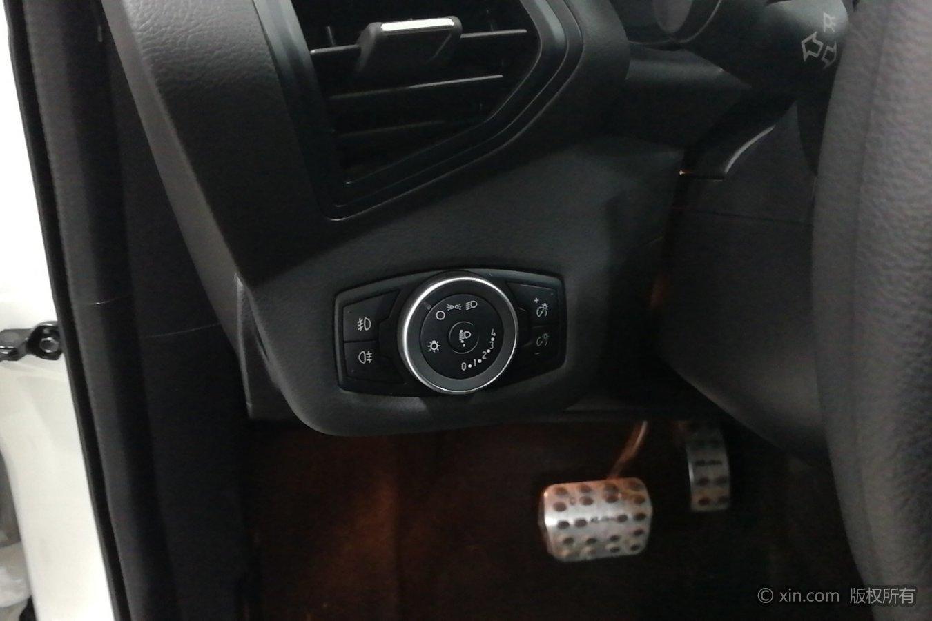 福特 翼虎 2015款 1.5t 自动 gtdi舒适型前驱全价11.97万