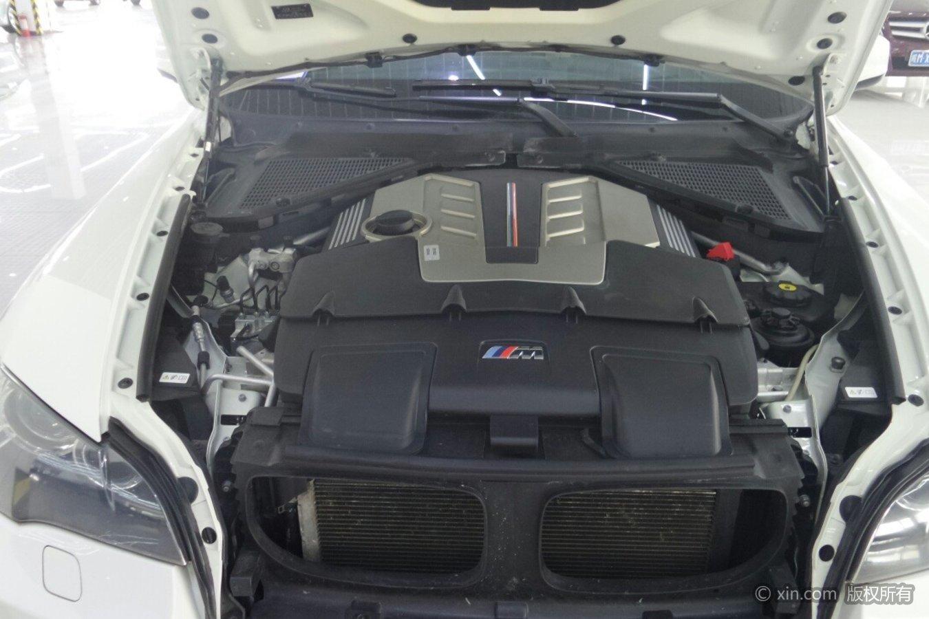 宝马X5M发动机