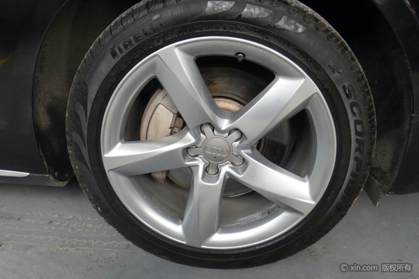 奥迪A8L(进口)轮毂