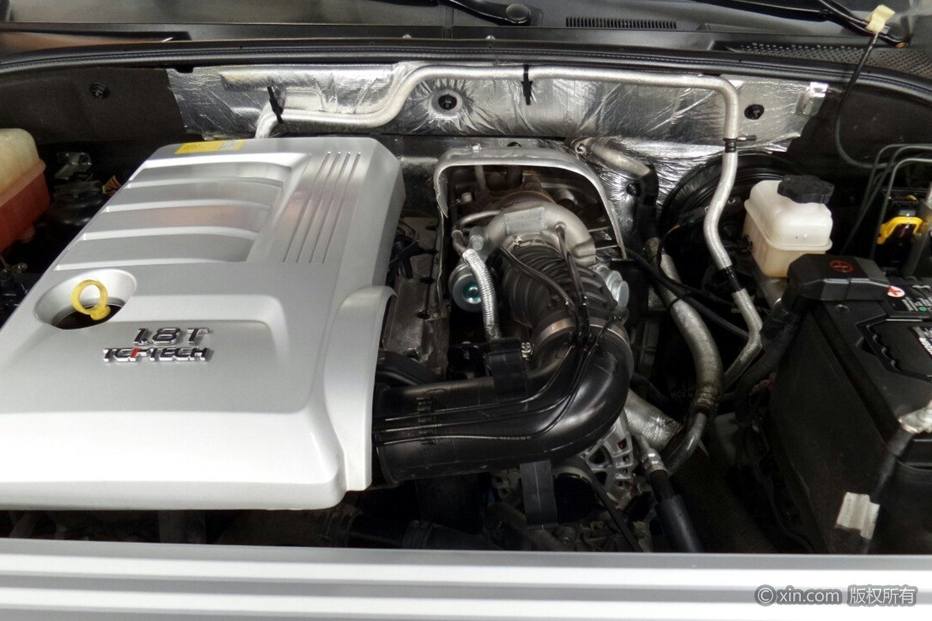 荣威W5发动机