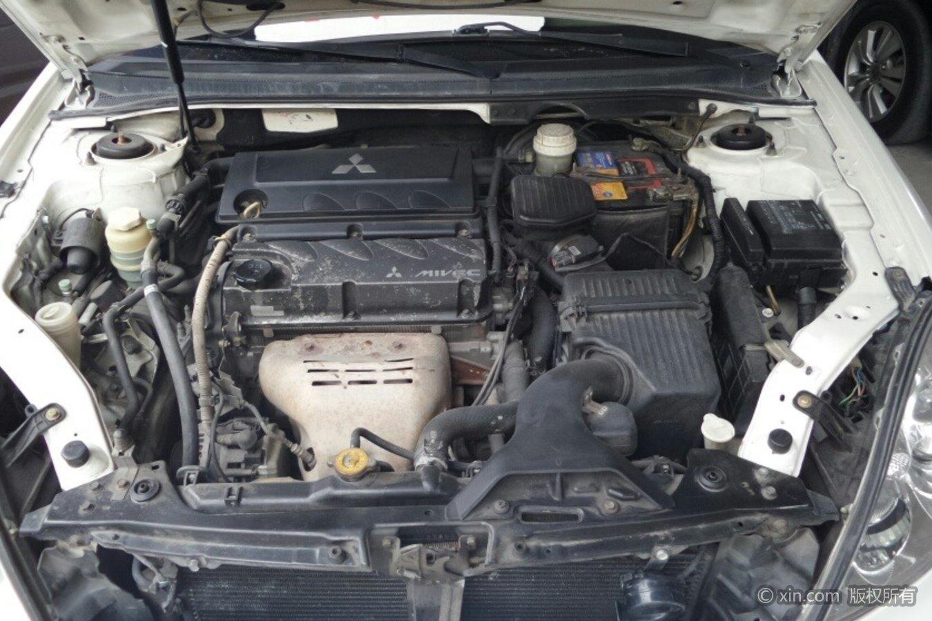 三菱戈蓝发动机