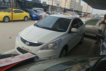 现代 瑞纳三厢 2011款 1.4 手动 舒适型