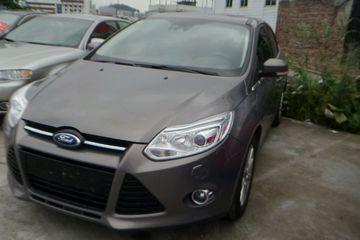 福特 福克斯三厢 2012款 1.6 自动 尊贵型